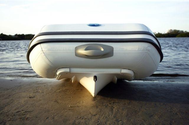 Жестко-надувные лодки РИБ (RIB)