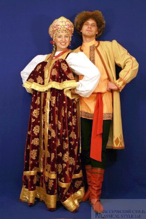 Нужно ли вернуть в повседневную жизнь русский национальный костюм.