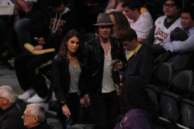 Йен и Никки Рид в ЛА на игре Лейкерс [28 декабря]