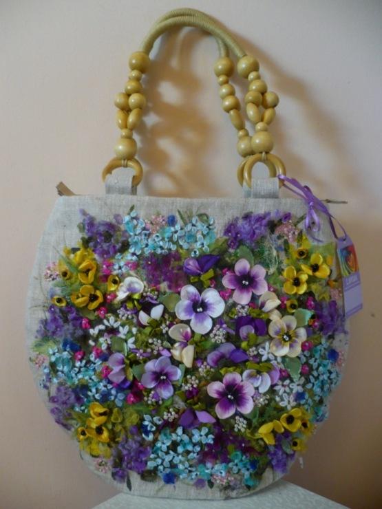 cb29c6471d32 Изумительной красоты сумки (вышивка лентами). Обсуждение на ...