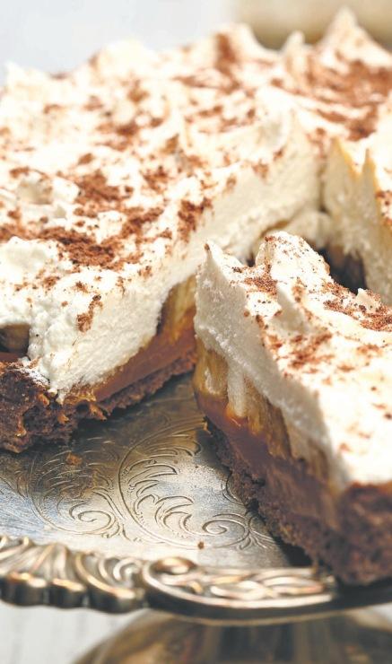 Торт «сметанник» с заварным кремом: самый простой домашний недорогой рецепт.
