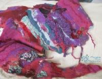 Художественные шарфики-бактус, больше арт-объекты, нежели просто шарфы.