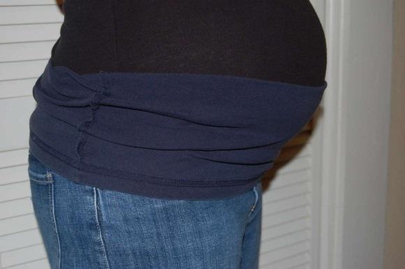 ...т.е им можно подшить футболку, например, на оверлоке.
